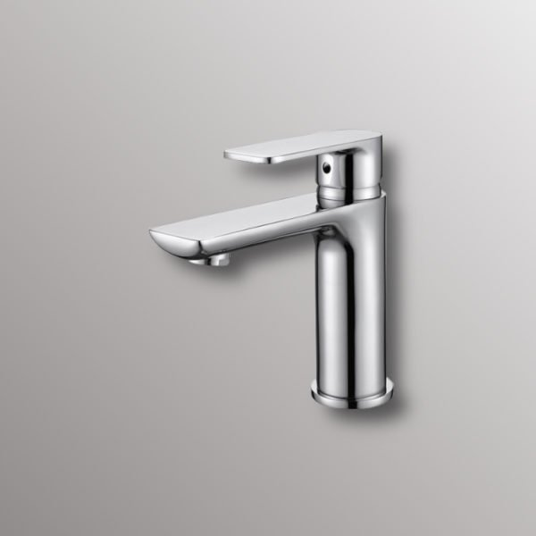 deck mounted faucet in chrome