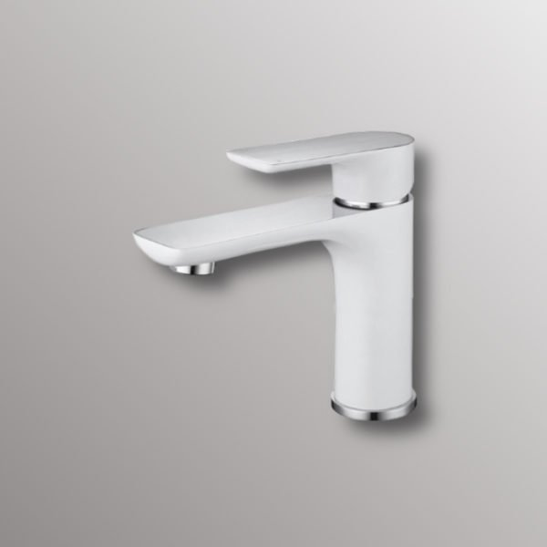 deck mounted faucet in white