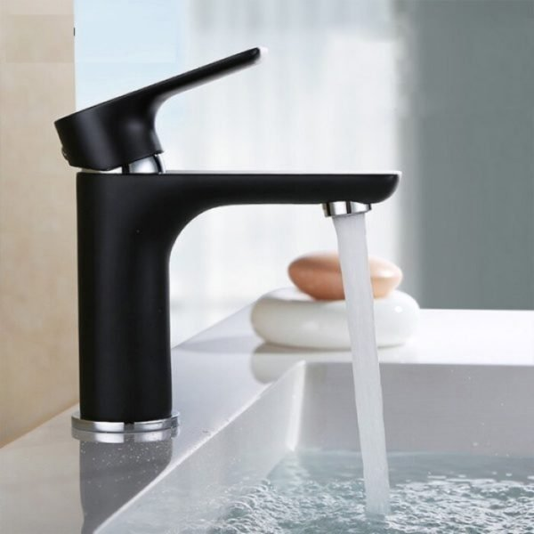 deck mounted faucet in black