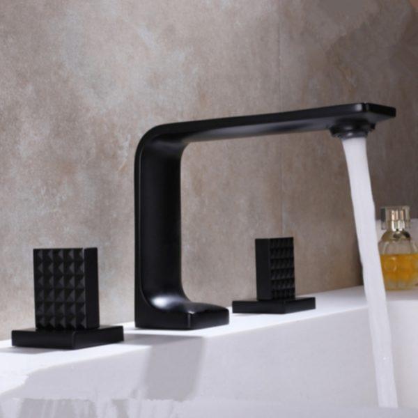 minimalist bathroom faucet in black finish
